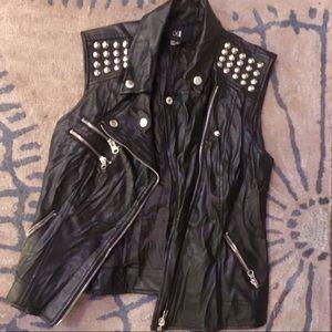 Forever 21 black pleather studded moto vest!!!
